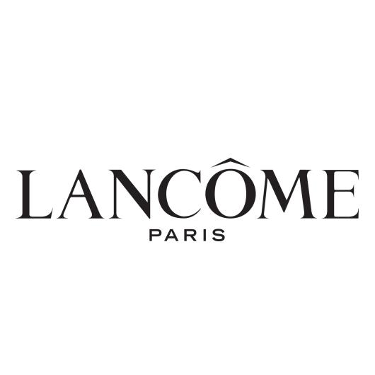 Free mini make-overs at Lancôme
